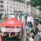 Statt dem üblichen Markt der Kulturen, der dieses Jahr aus Sicherheitsgründen ausfallen musste, fand am Mainkai ein großes Fest für Kinder- und Jugendliche statt, bei dem die Jugendverbände des Frankfurter Jugendrings kostenlose Spiele, Animationen und Aktivitäten anboten.
