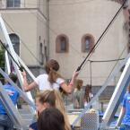 Bunjee Trampolin, organisiert von der Arbeitsgemeinschaft Frankfurter Jugendhäuser freier Träger (AFJ), auch Mitglied im FJR.